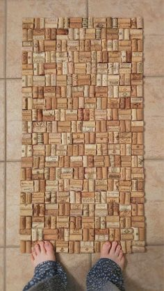 Wine cork bath mat - steam the corks first for easier cutting.