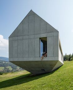 concrete konieczny's ark house by KWK promes completed in poland