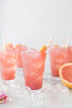 Sparkling Grapefruit Bikini Cocktail / Food styling / Food photography inspiration
