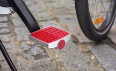 Connected Cycle: L'antifurto per la bicicletta http://www.design-miss.com/connected-cycle-lantifurto-per-la-bicicletta/ Presentato durante il #CES2015 di Las Vegas, Connected Cycle è il pedale #antifurto ideato da una giovane startup francese. Semplicissimo da installare…