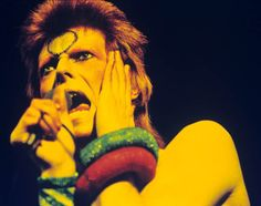 David Bowie, a lad insane, by Gijsbert Hanekroot