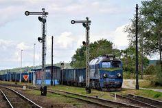 ST44-1248 PKP Cargo z węglarkami stoi wyłączona na boku stacji Piława Górna. Drużyna czekała wtedy na podmiane.