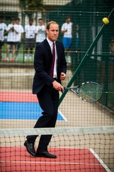 Prince William, Duke of Cambridge plays tennis during an official visit to the Coventry War Memorial Park on July 2014 in Coventry, England. The Duke made the visit to mark the Centenary of the First World War. Prince William Hair, Prince William And Catherine, William Kate, William Arthur, House Of Windsor, Royal Engagement, Royal Prince, Memorial Park, Duke Of Cambridge