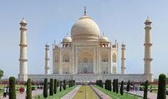 Explore India with us !