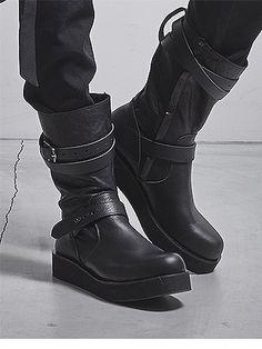Kiryuyrik Buckle Boots