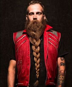 Long Braided Beard - Best Braided Beard Styles For Men: How To Braid Your Beard #beard #beards #beardstyles #beardgang #beardedmen #facialhair #mensfashion #mensstyle #men Big Beard Styles, Viking Beard Styles, New Beard Style, Hair And Beard Styles, Best Beard Growth, Beard Growth Oil, Epic Beard, Full Beard, Sexy Beard