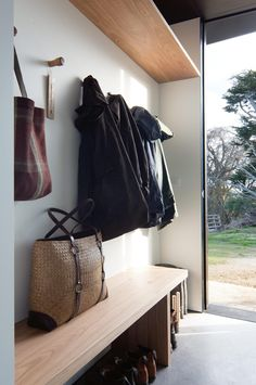 Country Style February 2018. Photography Ben Hosking. Timber House, Country Style Homes, Cottage Style, Mudroom, Country Decor, Modern Country, Home Interior Design, Interior Ideas, Living Room Designs