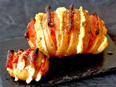 Patata Hasselback York-Queso  http://www.nosponemosfinos.es/2013/11/patata-hasselback-york-queso.html