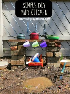 Learn with Play at Home: Make your own simple backyard Mud Kitchen.Looks better than our Nursery mud kitchen! Kids Outdoor Play, Outdoor Play Spaces, Backyard Play, Outdoor Learning, Backyard For Kids, Outdoor Fun, Cuisines Diy, Cocina Diy, Outdoor Classroom