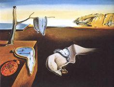 La persistencia de la memoria, 1931 - Salvador Dalí - La secuencia de los relojes derretidos en un paisaje desarticulado es la representación de un sueño que Dalí había experimentado, la cifra en el medio de la pintura es la cara del propio soñador. La interpretación general es que la pintura, que representa a muchos relojes de fusión, es un rechazo del tiempo como una influencia sólida y determinista.