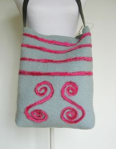 855eb54c841 Schoudertassen - Wollen tas - Een uniek product van Doortje-Peperkamp op  DaWanda