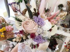ブライダルオーダー トス用ブーケ4500円 プリザーブドフラワーとドライフラワーで制作  オーダー承ります◟̆◞̆ The Creator, Floral Wreath, Wreaths, Photo And Video, Creema, Instagram, Home Decor, Atelier, Floral Crown