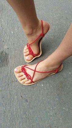 d724971d281d9 DIY huarache sandals and other barefoot · barefoot shoes Kreativní Nápady
