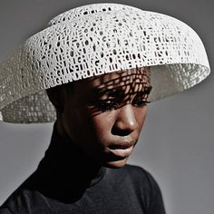 3D printed poem hat | Gabriela Ligenza 3D printed hats collection style #1 Poem | #beautiful