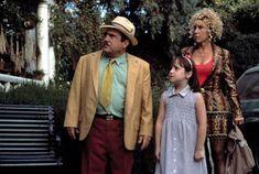 Filme: Matilda (1996) Kid Movies, Netflix Movies, Comedy Movies, Mara Wilson, Roald Dahl Day, Roald Dahl Books, Danny Devito, Matilda, Female Friendship Quotes
