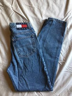 d6a021239f Sz 31 32 Tommy Jeans Logo Patch Straight Cut Jeans    90s Vintage Medium  Wash Tommy Hilfiger Jeans    90s Dad Jeans
