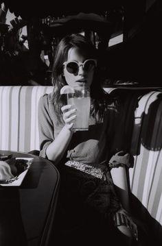 Singularidade, Detalhe, Editoriais, Óculos De Sol Sombra, Óculos De Sol  Beleza, Óculos De Sol Óculos, Óculos De Sol Brancos, Óculos De Sol  Mulheres, ... 67a554c52a