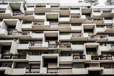 31-35, rue Saint-Ambroise, Paris 11e  by Roger Anger