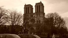 The sights in Paris don't get any more beautiful than this.... #paris #hendo