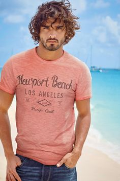 Marlon-Teixeira-Next-Summer-2015-Mens-Beach-Style-Shoot-016