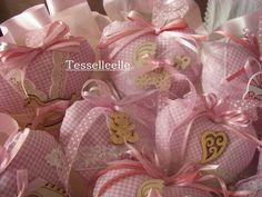 Di tutto un po'... bijoux, uncinetto, ricamo, maglia... ღ by tesselleelle ღ : Il trionfo del rosa! bomboniere e.....