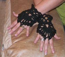 Gothic Victorian Mourning Fingerless Lace Gloves Cotton Civil War Crochet