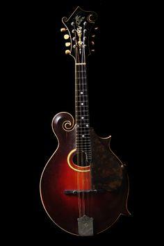 Gibson 1917 F-4 Mandolin Inlaid Tuners-pretty