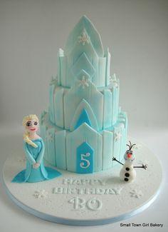 Disney Frozen - Disney Frozen Ice palace cake