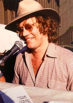 Warren Zevon - Universal Ampitheater, LA 1978
