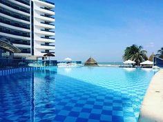 Foto: @ yadirsalamancaramos  www.hotellasamericas.com.co  #ElHoteldeLasEstrellas #Cartagena #ThePreferredLife #Caribbean #Lifestyle #Colombia Outdoor Decor, Instagram Posts, Home Decor, Cartagena, Colombia, Caribbean, Pictures, Decoration Home, Room Decor