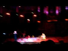 Caetano Veloso en Gilberto Gil in Concertgebouw - YouTube - Andar com fé