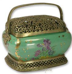 Filigree green and gold trinket box