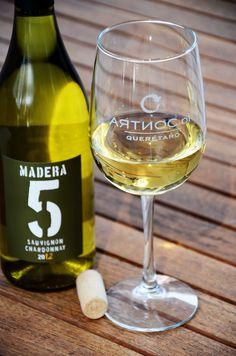 Los mejores vinos mexicanos a tu disposición....