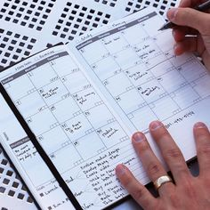 An innovative planner that helps you stay organized. The daily planner calendar is perfect for goal planning and gives you a full view of your month and weekly plan.