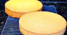 Aprenda a fazer uma pão-de-ló sem usar leite. A massa fica super fofinha, sempre dá certo e serve para tortas e rocamboles.