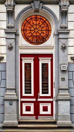 Doors in Hamburg, Germany / IP Neo