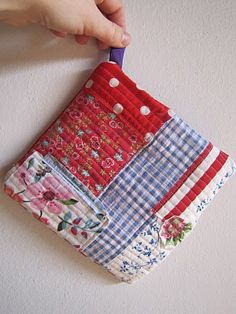 .potholder in my colors!
