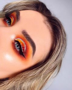 Uploaded by Oel. Find images and videos about fashion, beautiful and beauty on We Heart It - the app to get lost in what you love. Makeup Trends, Makeup Inspo, Makeup Art, Makeup Inspiration, Beauty Makeup, Hair Makeup, Makeup Ideas, Make Up Looks, Eyeshadow Looks