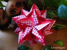 Radianta Whirl Kusudama. Uses square paper