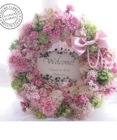 Welcome Boards, Welcome Wreath, Easter Wreaths, Door Design, Floral Arrangements, Centerpieces, Floral Wreath, Rose, Wall