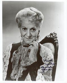 Beulah Bondi Classic Actresses, Hollywood Actresses, Actors & Actresses, Classic Hollywood, Old Hollywood, Beulah Bondi, Old Movie Stars, Woodland Hills, Bright Stars