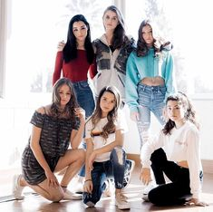 annie i have that shirt! Annie Grace, Annie Lablanc, Annie Leblanc Outfits, Annie And Hayden, Famous Youtubers, Girl Outfits, Cute Outfits, Julianna Grace Leblanc, Hayley Leblanc