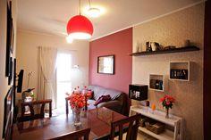 Sala é transformada com pintura e novos móveis - Casa