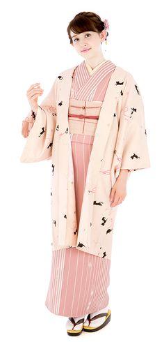 Kimono Yamato online shop kimono play .net | length coat Yukata Kimono, Kimono Japan, Kimono Fabric, Traditional Japanese Kimono, Traditional Fashion, Traditional Outfits, Costumes Japan, Modern Kimono, Japanese Costume
