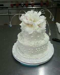 wedding anniversary for my grandparents! Cake made just for them! Diamond Wedding Anniversary Cake, 60th Anniversary Cakes, Anniversary Decorations, Anniversary Ideas, White Table Settings, Wedding Table Settings, Money Cake, How To Make Cake, Floral Arrangements