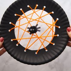 Halloween Spider Crafts for kids - these spider activities for kids are so much . - DIY for home - Halloween spider crafts for kids – these spider activities for kids are so much … - Theme Halloween, Halloween Arts And Crafts, Diy Halloween Decorations, Halloween Diy, Holiday Crafts, Holiday Activities, Halloween Activities For Toddlers, Halloween Makeup, Children Activities