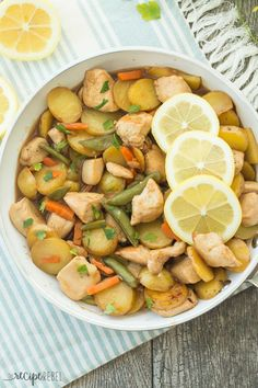 Honey Lemon Chicken and Potato Skillet: chicken and potatoes are cooked together in one skillet, then simmered in an easy homemade honey lemon sauce, ready in 30 minutes! Healthy Family Meals, Healthy Meal Prep, Healthy Cooking, Cooking Recipes, Healthy Food, Healthy Eating, Cooking Humor, Healthy Dishes, Cooking Tools