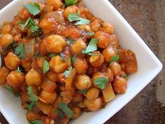quick curried chick peas - Budget Bytes (i want to try this with garam marsala instead of curry)