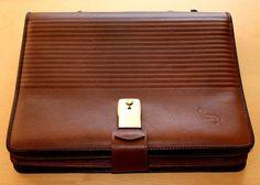 "Wonderful Real Vintage Brown Leather Briefcase Full Equipped Borsa Cartella Portadocumenti in Pelle Marrone Vintage Originale"" Manager "" di BeHappieWorld su Etsy"