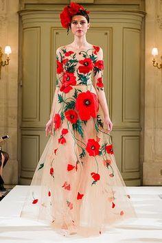 Yanina Haute Couture 2014 Yes. Beautiful Gowns, Beautiful Outfits, Beautiful Beautiful, Gorgeous Dress, Fashion Week, High Fashion, Fashion Art, Couture Fashion, Runway Fashion